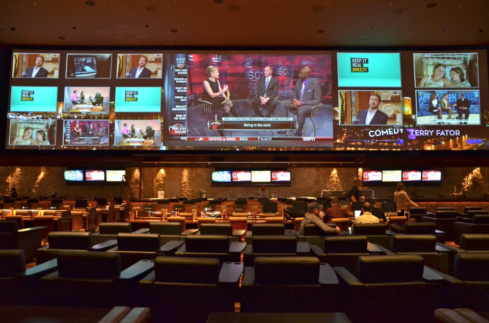 Sports betting sportsbook betting games with cards